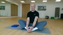 Seated-inner-thigh-stretch